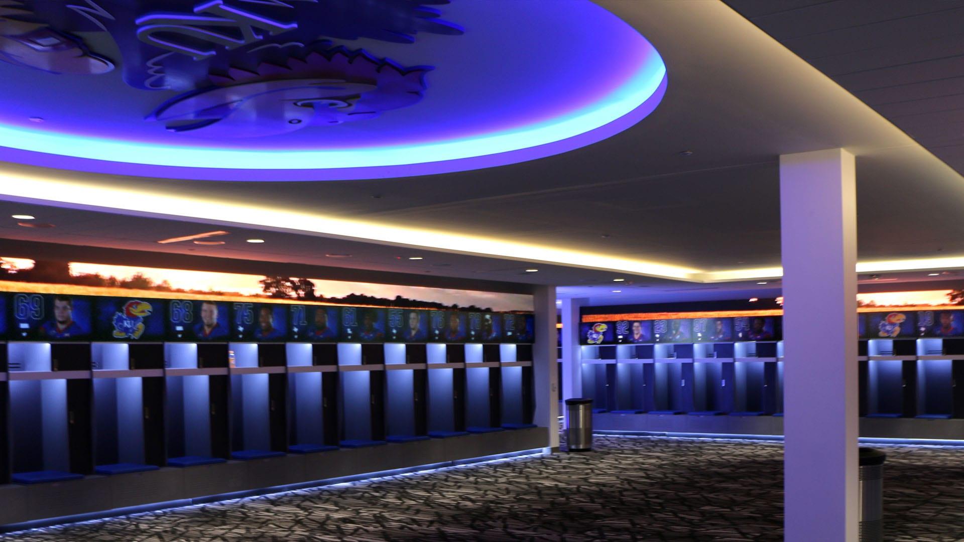 Neoti R Series Kansas University footbal locker room